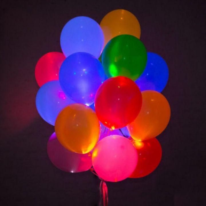 Связка из 15 светящихся воздушных шариков