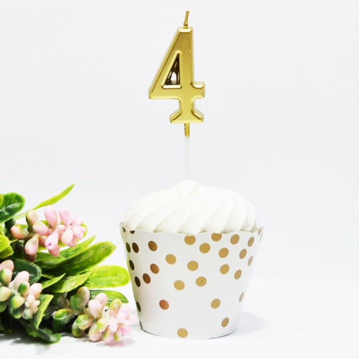 Свеча в торт цифра 4 золотая