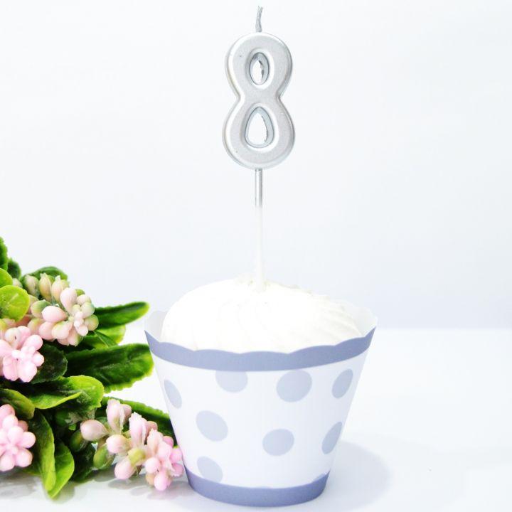 Свеча в торт цифра 8 серебряная